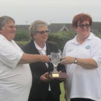 Winning Captains - Helen Clee & Louise Cotton